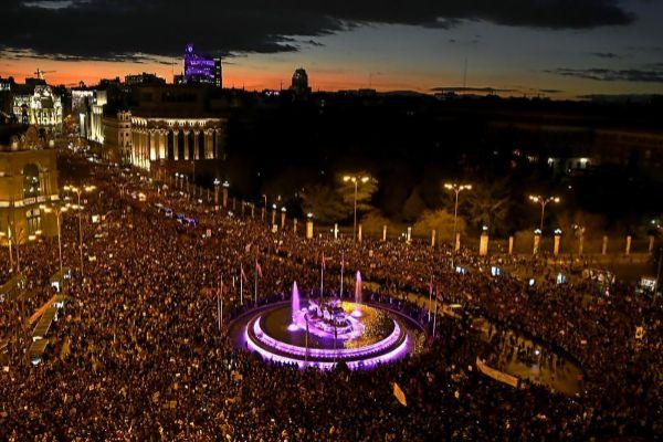 Imagen de la concentración del sábado 16 demarzo en la plaza Cibeles.