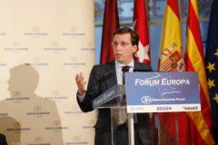 El candidato del PP a la Alcaldía de Madrid, Martínez-Almeida, este lunes.