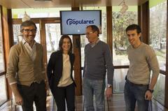 Oyarzábal, Comerón, Alonso y Aramburu en el acto de Vitoria.