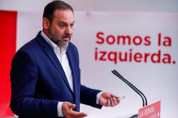 José Luis Ábalos, en rueda de prensa en la sede del PSOE.