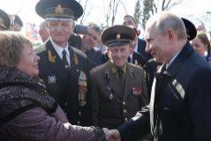 Putin vuelve a Crimea para recuperar la popularidad perdida