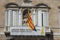 La Junta Electoral previene a Torra sobre posibles responsabilidades si no acata la ley