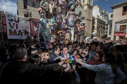 El presidente de Ciudadanos, Albert Rivera, en Fallas en Valencia