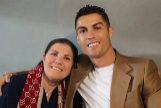 Dolores Aveiro y su hijo, Cristiano Ronaldo, en una imagen compartida por el futbolista en su Instagram.