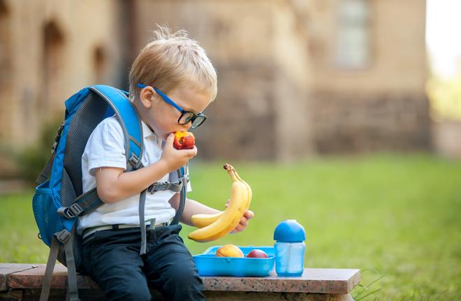 ¿Está desayunando bien tu hijo? La respuesta está en lo que come en el recreo