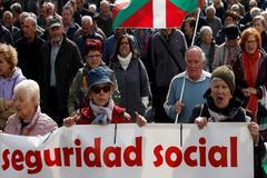 Manifestación en Donostia de los pensionistas.