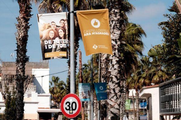 La campaña vetada por la Junta Electoral en las calles de Castelldefels.