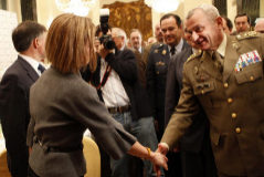 """El general Coll: """"La situación de España nos obliga a contribuir"""""""