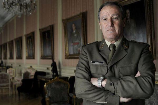El general Alberto Asarta será número uno de Vox por Castellón.