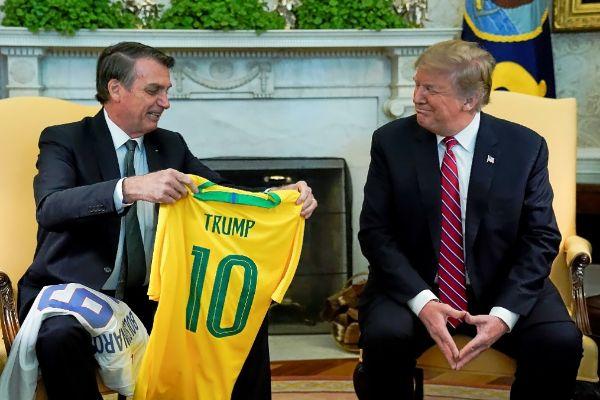 El presidente de Brasil, Jair Bolsonaro, junto a su homólogo estadounidense, Donald Trump, en la Casa Blanca.