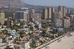 Apartamentos turísticos en la playa de Poniente de Benidorm