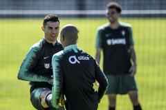 Cristiano Ronaldo, durante el entrenamiento de Portugal.