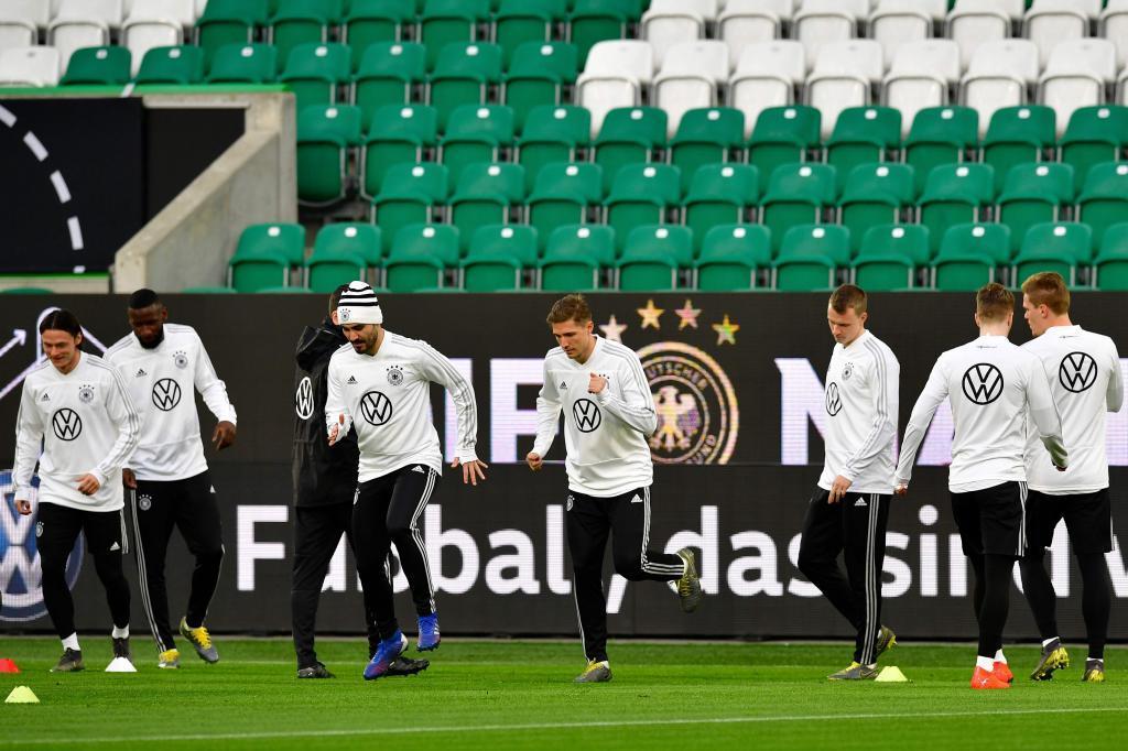 La selección alemana entrena en el estadio de Wolfsburgo.
