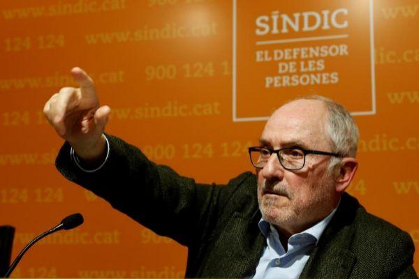 El Síndic de Greuges, Rafael Ribó, durante la rueda de prensa que...