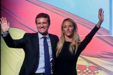 Pablo Casado y Cayetana Álvarez de Toledo, en el acto del PP en Barcelona.