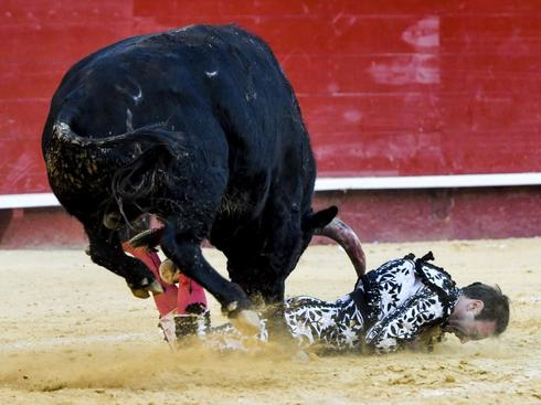 La cogida de Enrique Ponce el pasado 18 de marzo en Valencia