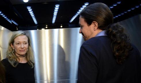 Victoria Rosell y Pablo Iglesias, en el Congreso.