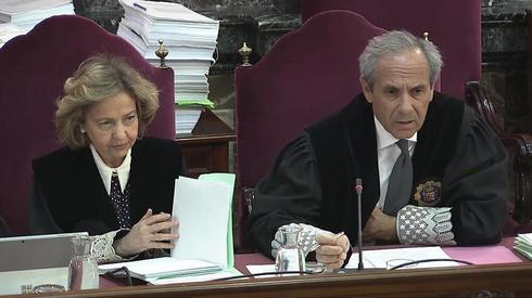 Los fiscales Consuelo Madrigal y Jaime Moreno.