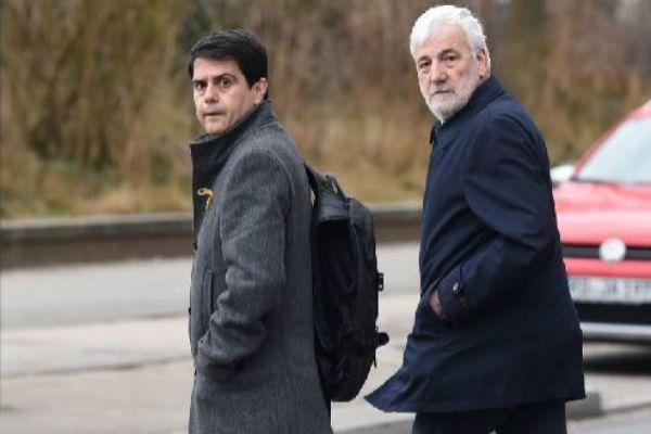 Matamala (dcha.) visita a Puigdemont durante su encarcelamiento en Alemania.