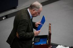 Alexander Gauland, líder del partido Alternativa para Alemania, interviene en el Parlamento alemán