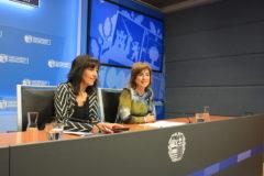 Cristina Uriarte y Olatz garamendi, durante su comparecencia.