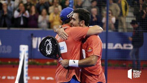 Pablo Lima y Fernando Belasteguín celebran su victoria.