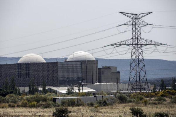 Las eléctricas desbloquean el acuerdo que permitirá alargar la vida de las nucleares hasta 2035