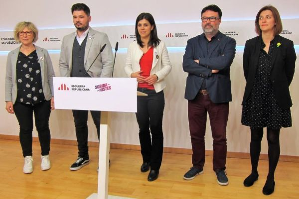Mirella Cortès, Gabriel <HIT>Rufián</HIT>, Marta Vilalta, Joan Josep Nuet, Carolina Telechea (ERC, Sobiranistes)