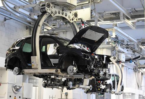Un vehículo en la planta de producción de Volkswagen en Wolfsburgo.
