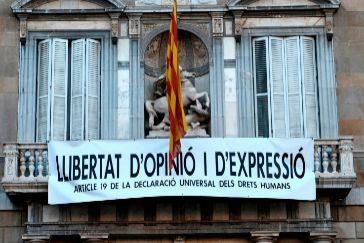 Jordi Soteras Catalunya Barcelona 22/03/2019 Nueva pancarta en el <HIT>Palau</HIT> de la Generalitat Foto Jordi Soteras