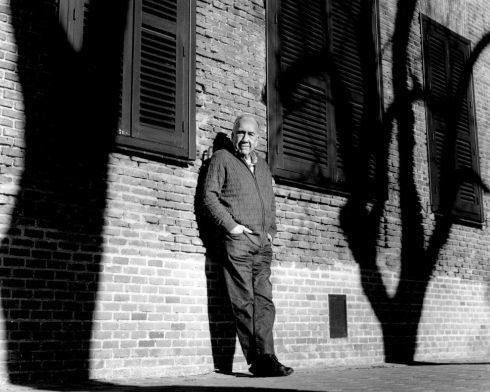 El poeta catalán Joan Margarit, en la Residencia de Estudiantes de Madrid.
