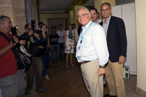 Juan Cotino y Francisco Camps, en un acto en 2012.
