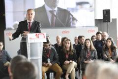 Antón Pradera interviene durante el aniversario de AIC,