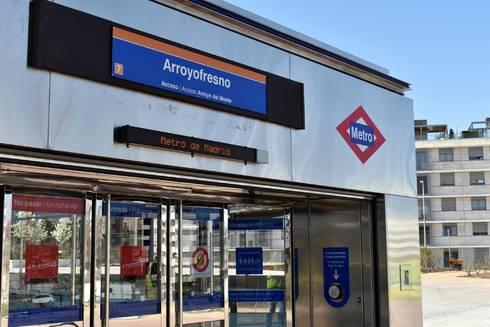 La nueva estación de metro de Arroyofresno recibe a sus primeros viajeros