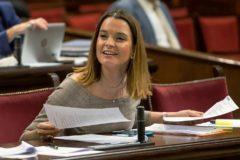 Marga Prohens, durante un pleno del Parlament de este mes de marzo.
