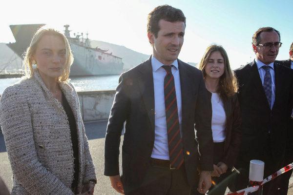 """Pablo Casado reivindica el Ejército en Getxo como símbolo de """"normalidad"""""""