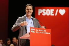 """Sánchez pide el voto para conseguir un gobierno  fuerte: """"La derecha juega con la abstención"""""""