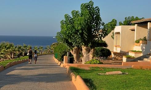 Hotel Club Sunway, en Punta Prima, al norte de la isla de Formentera, cuyo propietario pretende mantener sus derechos de ampliación.
