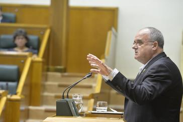 El portavoz del PNV. Joseba Egibar, en una intervención en el Parlamento,