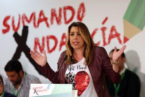 Susana Díaz participa en la clausura del congreso extraordinario de Juventudes Socialistas de Andalucía este domingo en Granada.