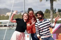 El director Carlos Marques-Marcet con la actriz María Rodríguez Soto y el actor David Verdaguer, en la presentación de 'Los días que vendrán',