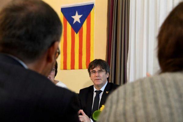 El ex presidente Carles Puigdemont, en una rueda de prensa.