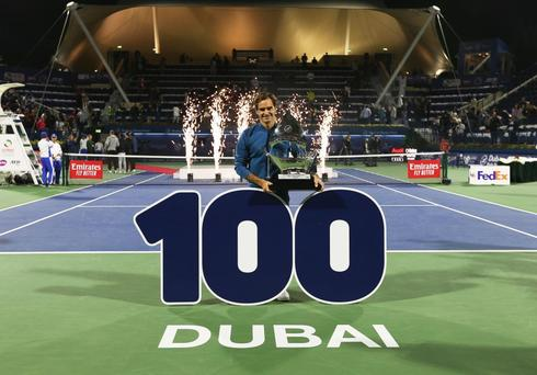 <HIT>Dubai</HIT> (United Arab Emirates).- Roger <HIT>Federer</HIT> of Switzerland poses with his trophy after defeating Stefanos Tsitsipas of Greece in their final match at the <HIT>Dubai</HIT> Duty Free Tennis ATP Championships 2019 in <HIT>Dubai</HIT>, United Arab Emirates, 02 March 2019. (Tenis, Grecia, Suiza, Emiratos Árabes Unidos) EPA/
