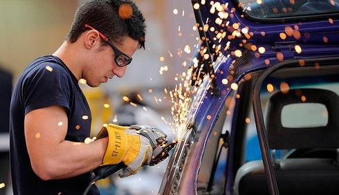 En lo que va de año, se han fabricado 495.170 vehículos, un 2,47% menos.
