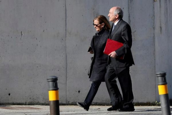 El exgobernador del Banco de España ,Miguel Ángel Fernández Ordóñez, a su llegada a la Audiencia Nacional