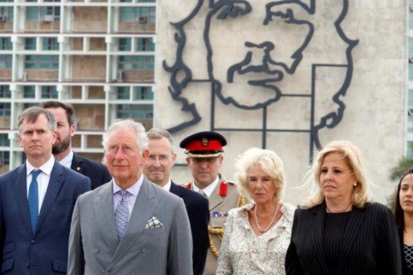 Carlos de Inglaterra se adelanta al Rey en Cuba