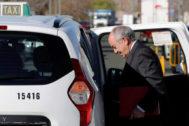 El ex gobernador del Banco de España Miguel Ángel Fernández Ordóñez, a su llegada a la Audiencia Nacional como testigo en el juicio por la salida a Bolsa de Bankia.
