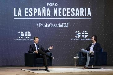 El presidente del PP, Pablo Casado, durante el Foro de EL MUNDO moderado por el periodista Jorge Bustos
