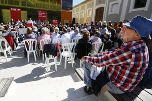 El dirigente socialista Ángel Franco, durante la presentación del candidato del PSOE a la Alcadía de Alicante, Paco Sanguino.
