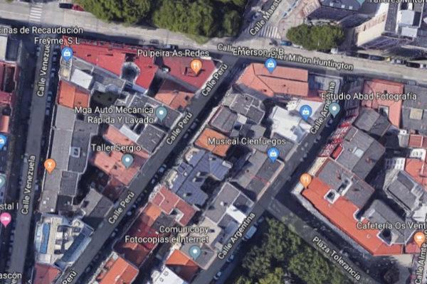 La calle Perú, en A Coruña, donde ha aparecido el cadáver de la mujer.